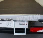 Фургон из сверхлегких прочных панелей MonoPan
