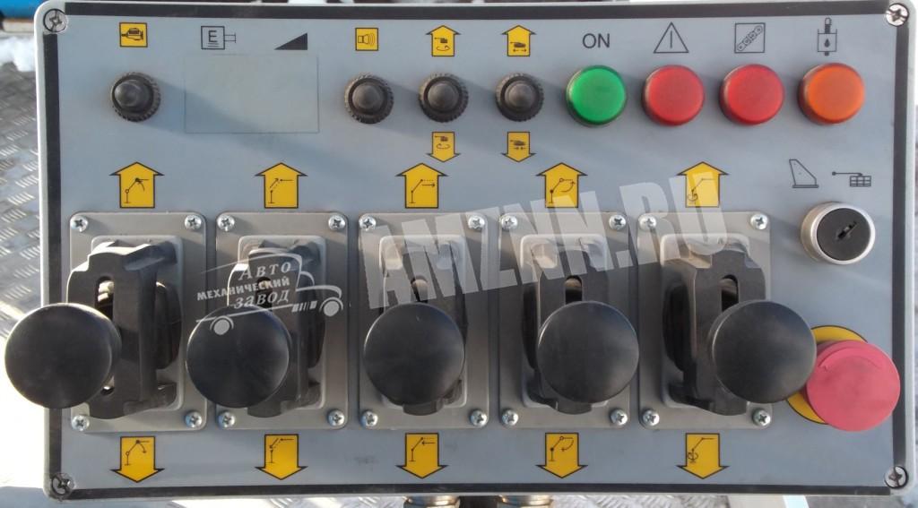 пульт управления на платформе IS14